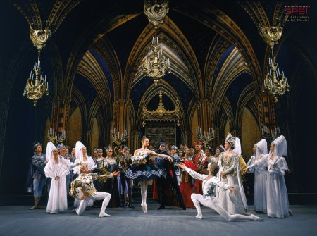 swan_lake_2nd_act_photo_vladimir_zenzinov__2.jpg